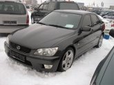 Автомобиль Lexus IS200 (2002, седан)