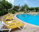 Отель Breezes Runaway Bay Resort & Golf Club 4* (Ямайка)